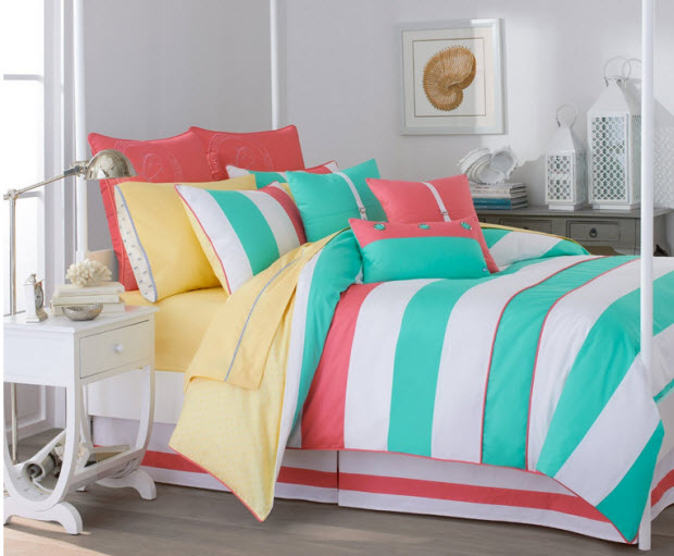 Turquoise and coral bedding - c