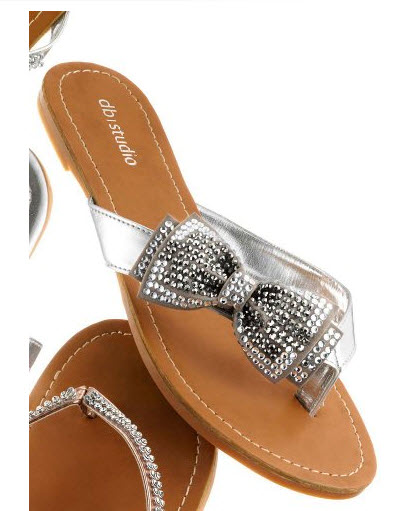 silver flip flops for bridesmaids